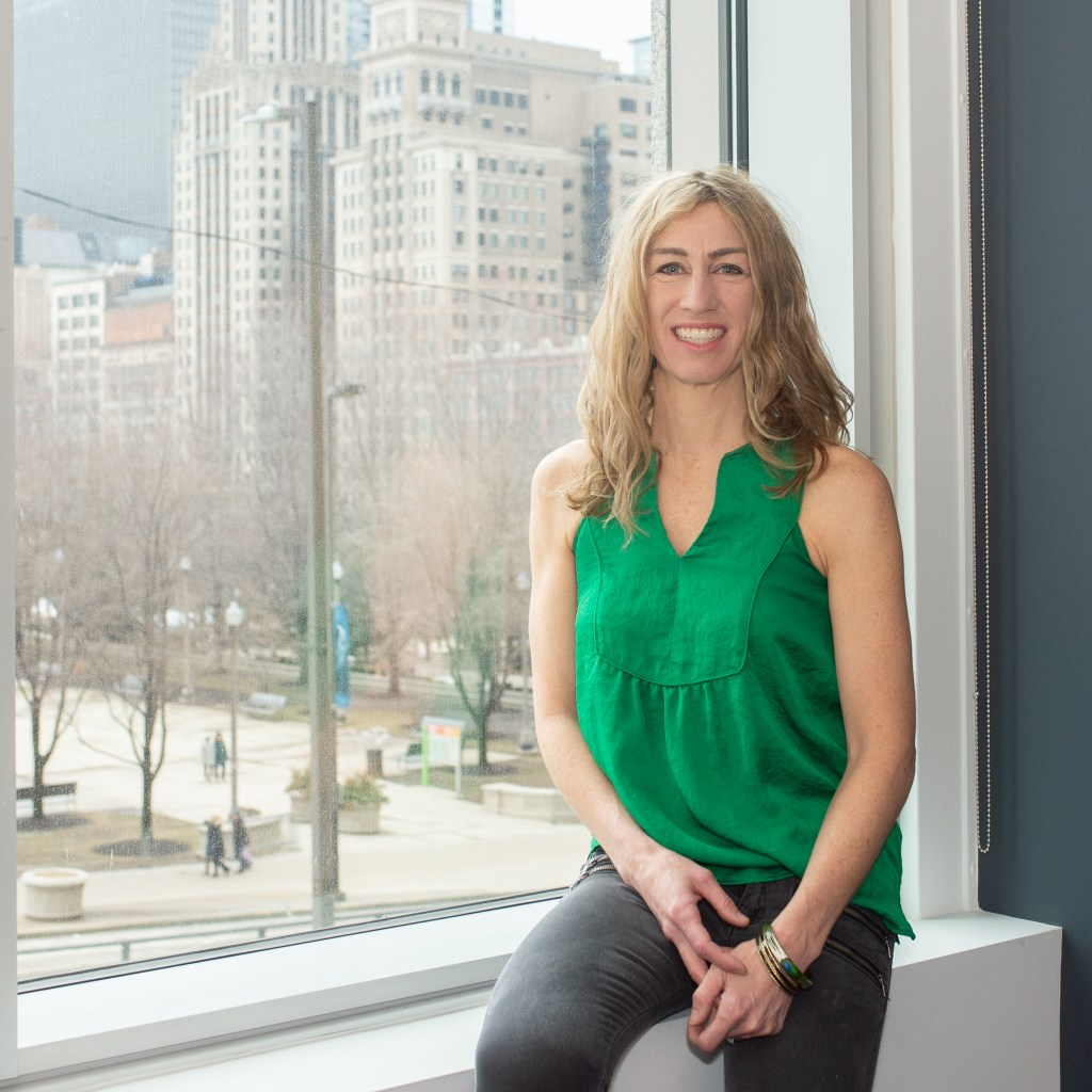 52 Phenomenal Women- photo essays by Amy Boyle Photography benefitting Dress for Success Worldwide – Central.2019 - pictured Heidi K Stevens Chicago Tribune