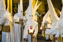 The sight of a group of los penitentes wearing all white capirotes can be a little alarming at first.