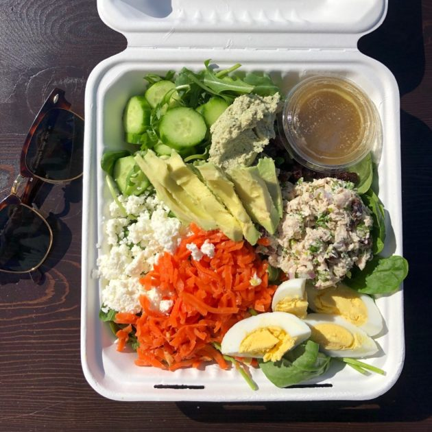 picture of healthy salad