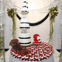 Ombre Wedding Cake dan Mari Hempas Bunga Atas Pelamin.