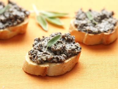 eggnutmushroompate_getty2400
