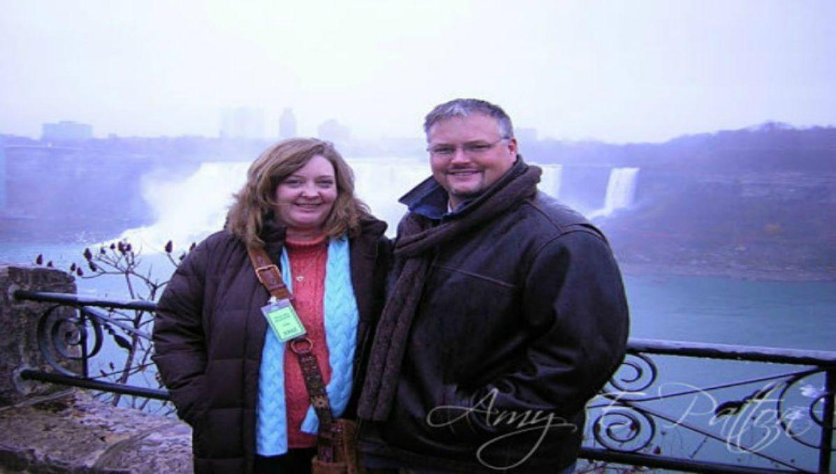John and Amy on a Niagara Falls getaway