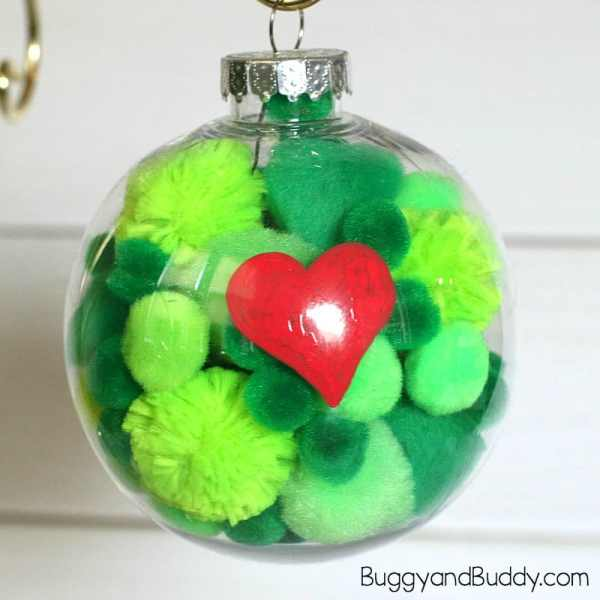 Grinch ornament DIY. DIY Christmas ornaments for toddlers.