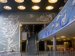 kai-fjells-dekorasjoner-i-terminalbygningen-pc3a5-gamle-fornebo