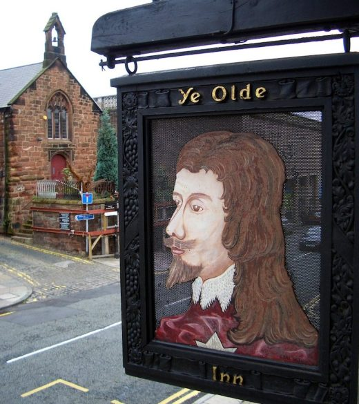 Ye Olde Kings Head Inn in Chester