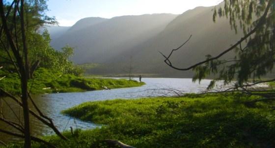Pololu Valley: A river runs through it