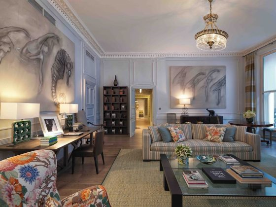 Living room of the Kipling Suite at Brown's Hotel. Courtesy Brown's Hotel, Rocco Forte Hotels.