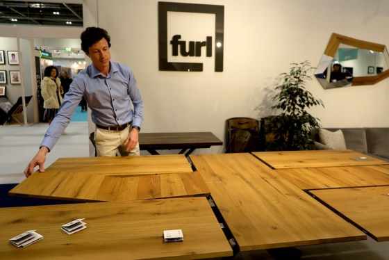 tranformer table from Furl
