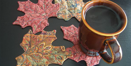 maple-leaf-mug-rugs