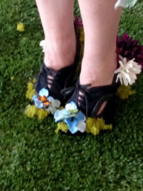 creative shoes, floral decor