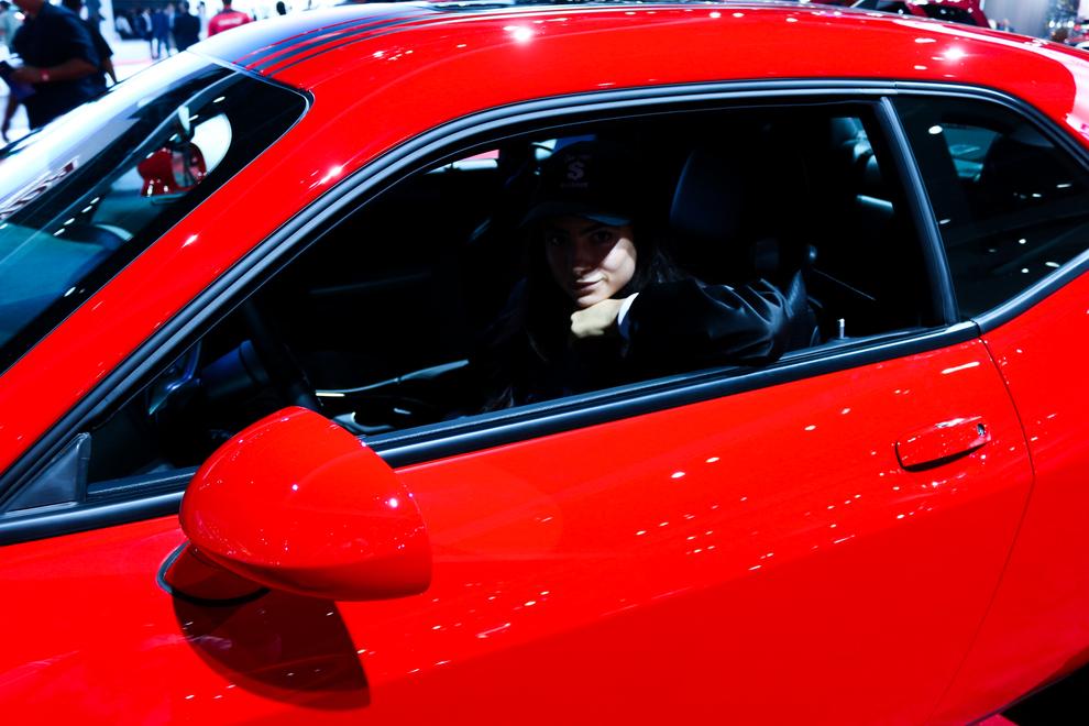 la-auto-show-red-car