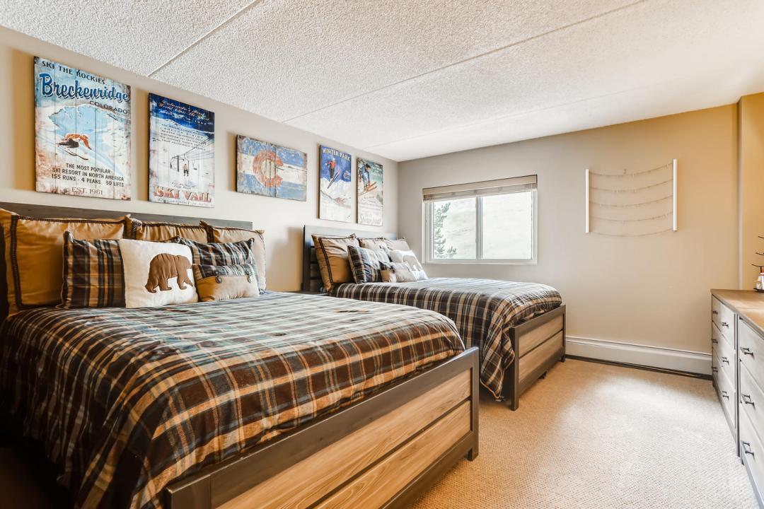 copper road condo bedroom
