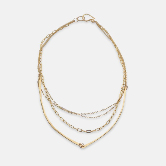 Gold Chain Nave