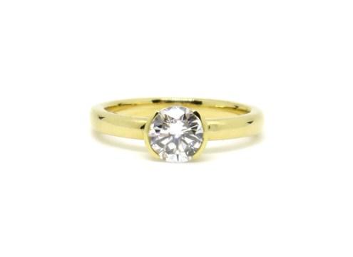 Making Good Juju, 2014, 18ct gold, diamond