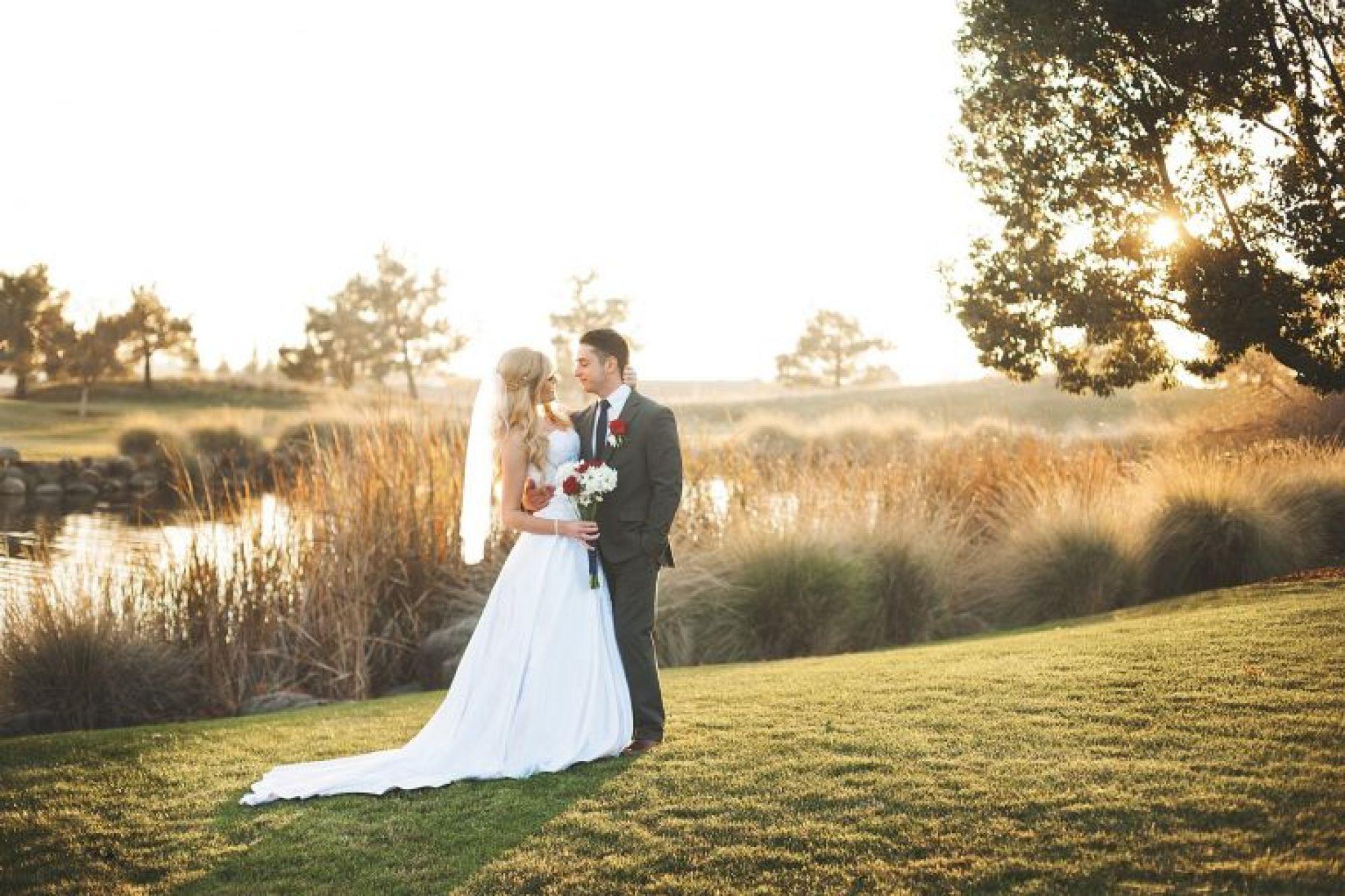 bride and groom sacramento golf course