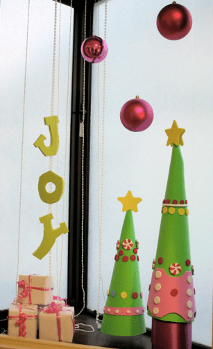 Hot Pink And Lime Green Christmas Decorations For A Bedroom