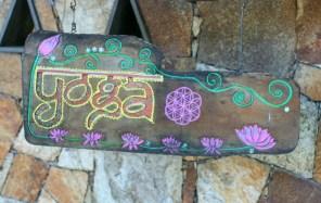 Arugam Bay Yoga sign