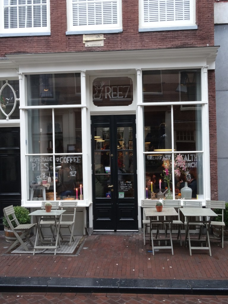 Ree7 dutch cafe Amsterdam