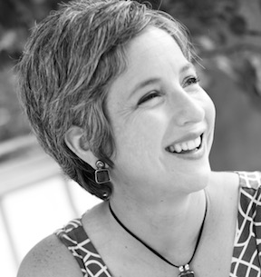 QUITE THE QUERY – Julie Artz and THE ELEPHANT TREE