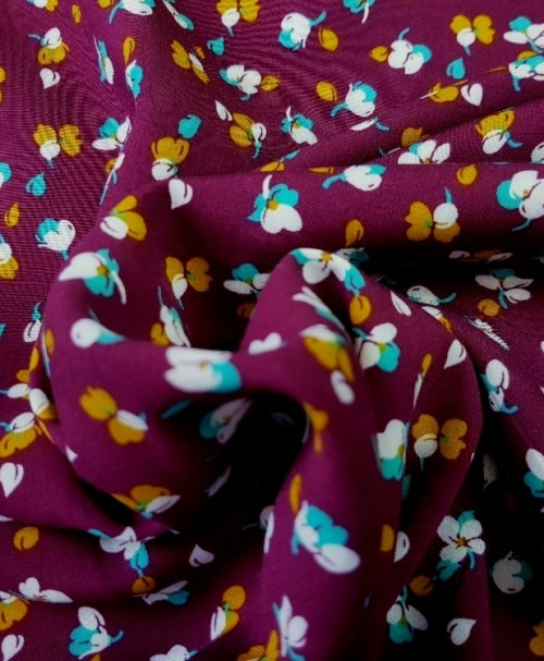 Viskose Radiance kleine Blumen aubergine/senf/mint