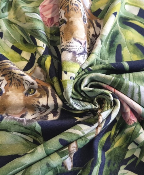 Jersey Tiger im Dschungel