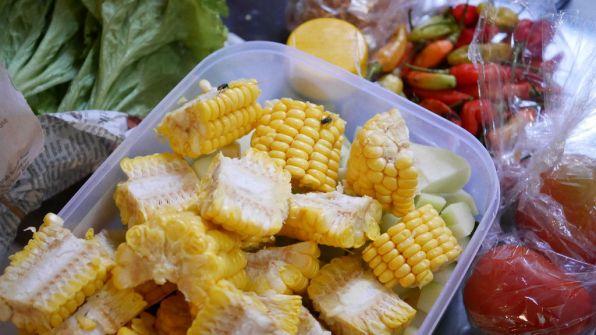 Sayur asem (raw)