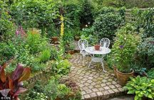 Small courtyard garden with seating area design and layout 29
