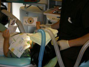 笑気麻酔治療の様子②