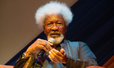 Nigeria's only Nobel laureate, Professor Wole Soyinka has been disgraced by a young Nigerian man for allegedly sitting on his sit.