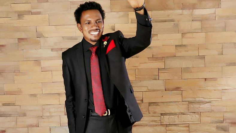 Africa News24 (AN24) learned that a magistrate court sitting in Zuba, Abuja, has directed the Nigerian police to make available all the evidence to be used in the trial of Senator Elisha Abbo on 20 August 2019 for the commencement of the trial.