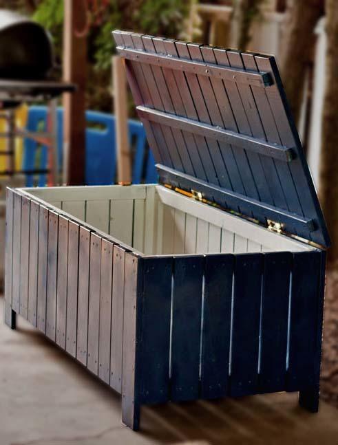 build a wooden storage bench