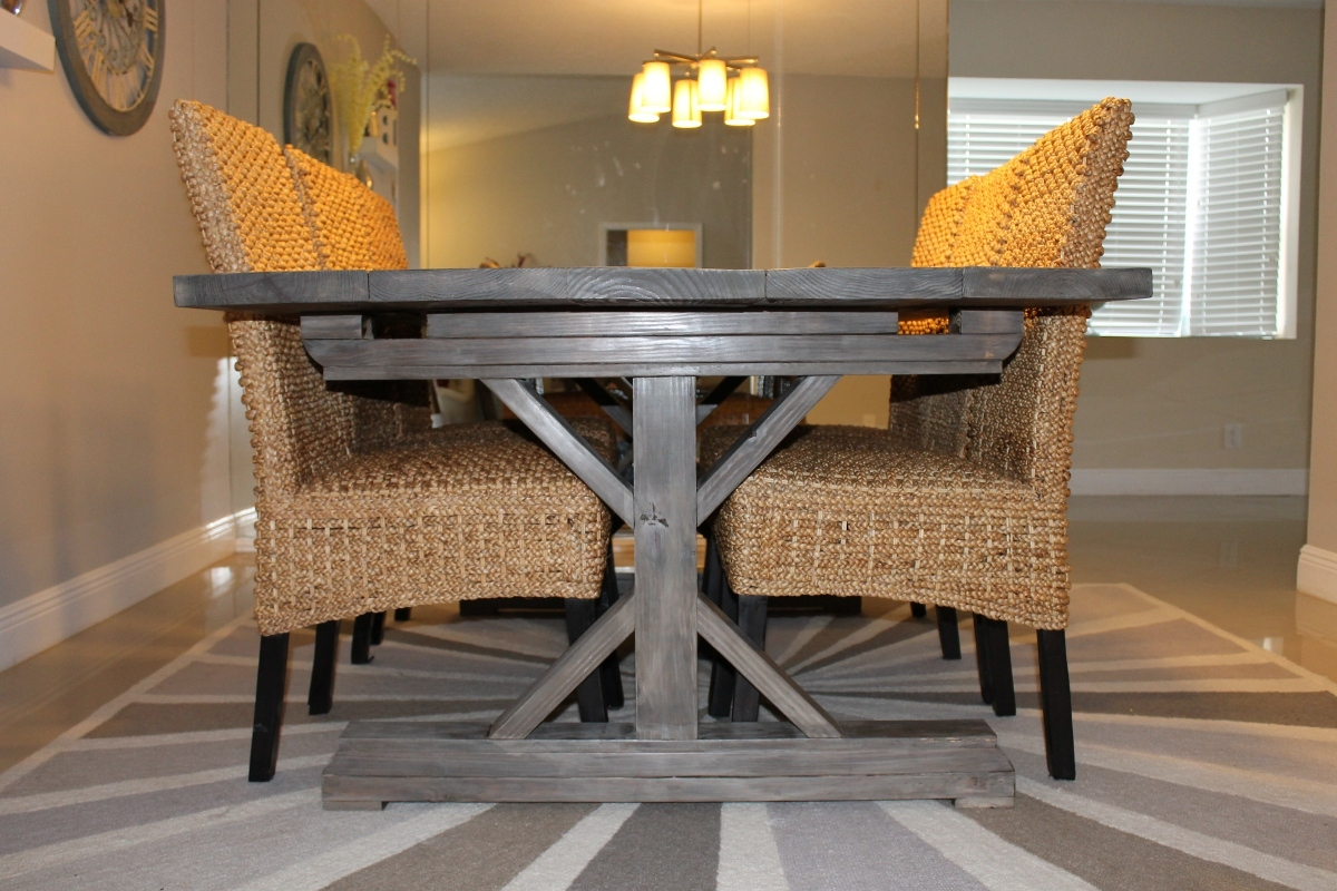 Weathered Gray Fancy X Farmhouse Table With