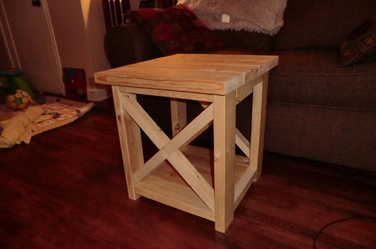 Smaller Rustic X End Table - DIY Projects