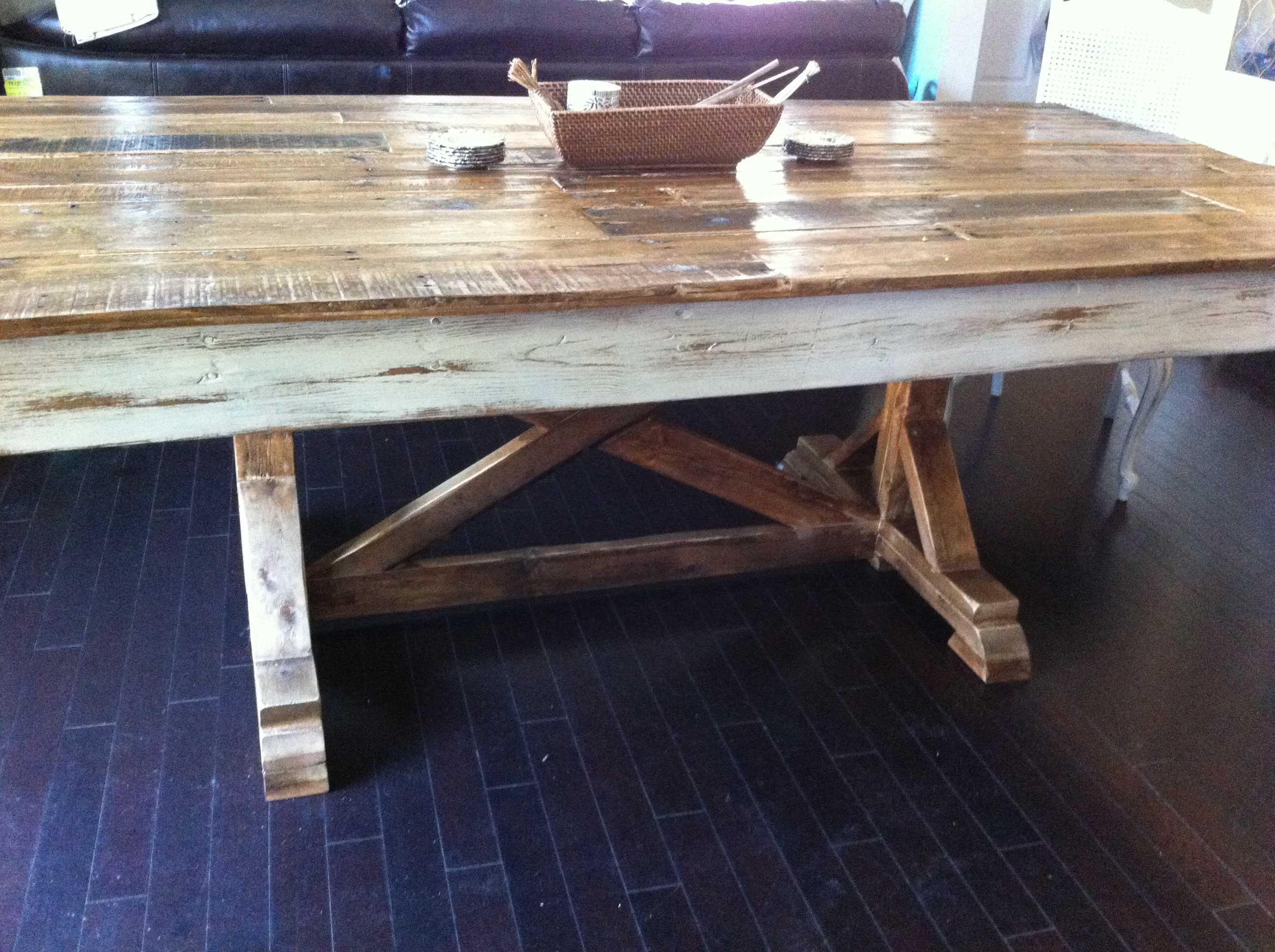 Fancy French Farmhouse Table - DIY Projects