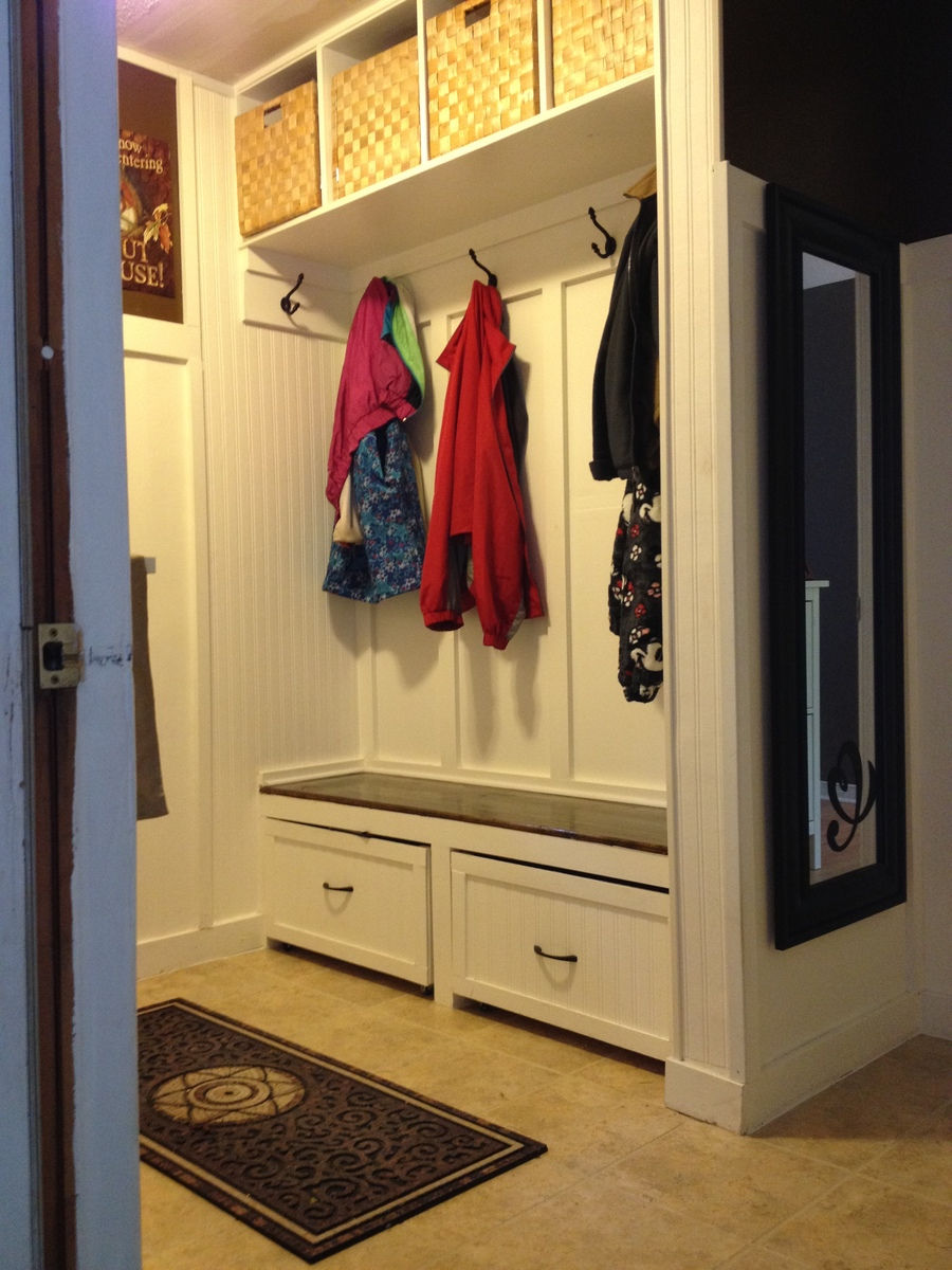 Ana White A Twist On Modular Family Entryway Mudroom