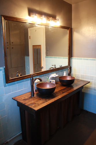 Ana White | Farmhouse Vanity - DIY Projects on Rustic:s9Dkpzirpk8= Farmhouse Bathroom  id=75810