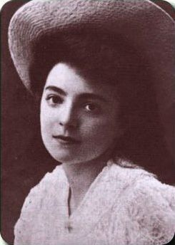 Nelly sachs joven