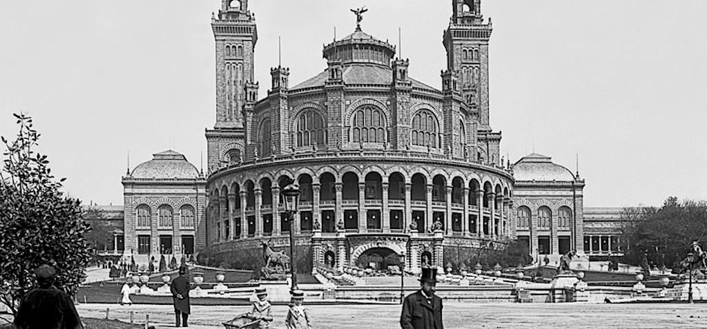 Paris – 1898 – Trocadero palace