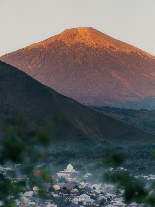 bukit selong sunrise lombok