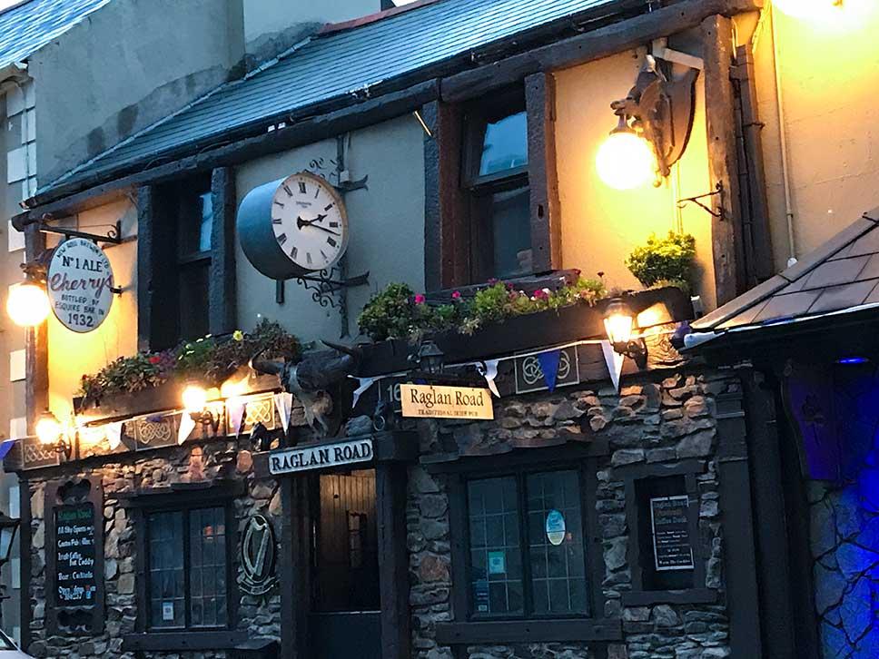 Raglan Road Pub