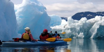 columbia_paddling_ice