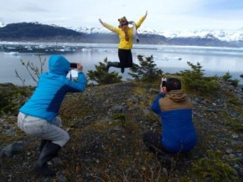 Proud parents capture their daughter's expert jump shot!