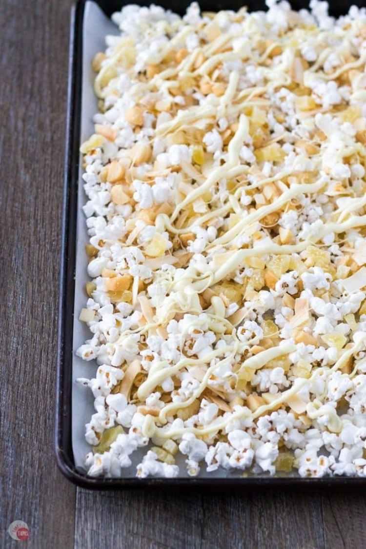Tropical-Hawaiian-Popcorn-Mix