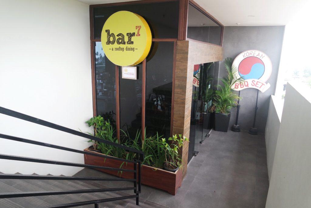 Bar7 Rooftop Bar & Grill
