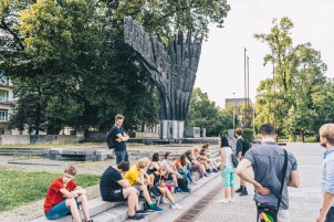 Introduction to MemoryWalk, remembrance and Visiting the monuments in the city