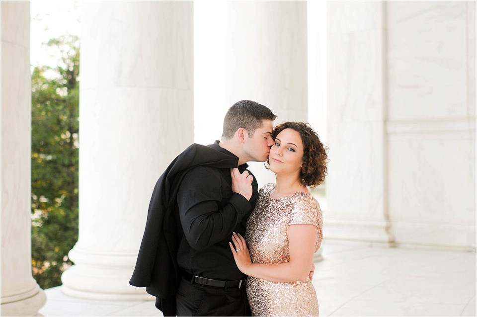 Classic Washington DC engagement session at the Jefferson Memorial33