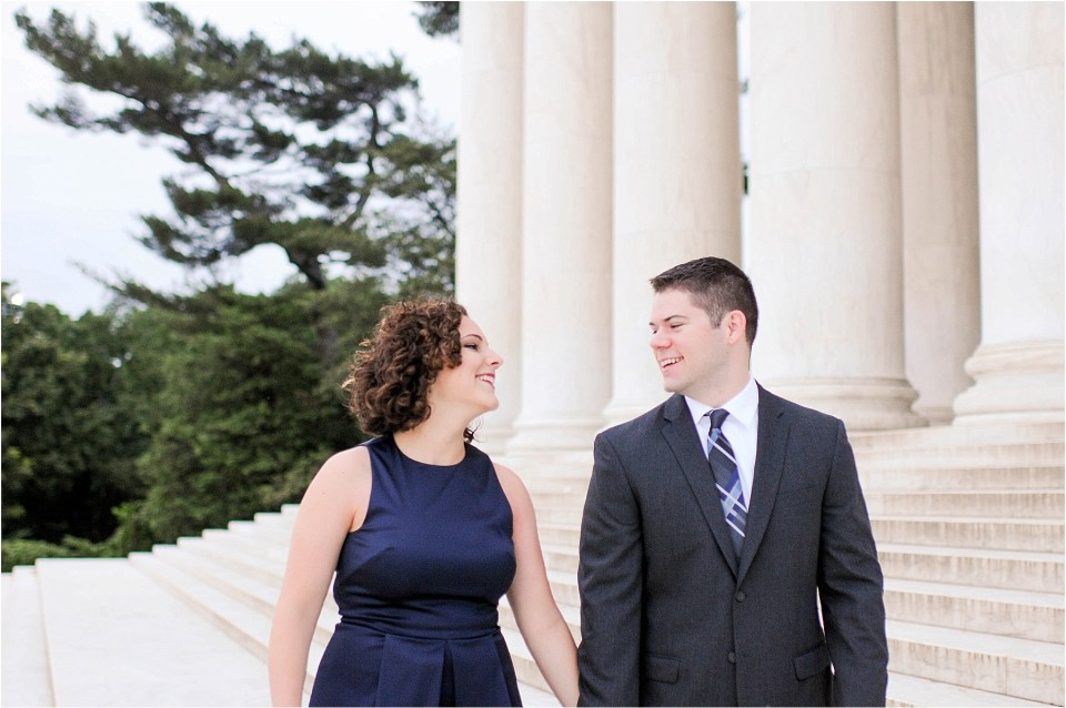 Classic Washington DC engagement session at the Jefferson Memorial4