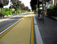 cycle-lane-arrow-line
