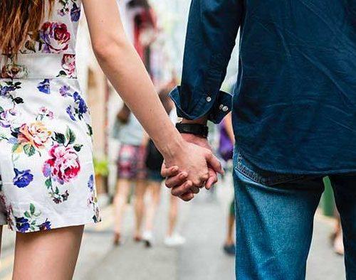 PUSSY POWER : 10 choses qui font fuir les filles sur les appli de rencontre
