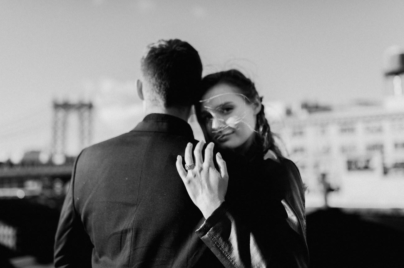Brooklyn Dumbo Rooftop Elopement. Rooftop elopement in Brooklyn. Bride and Groom portrait in Brooklyn. New York Wedding Photographer, NYC elopement photographer, Anais Possamai Photography